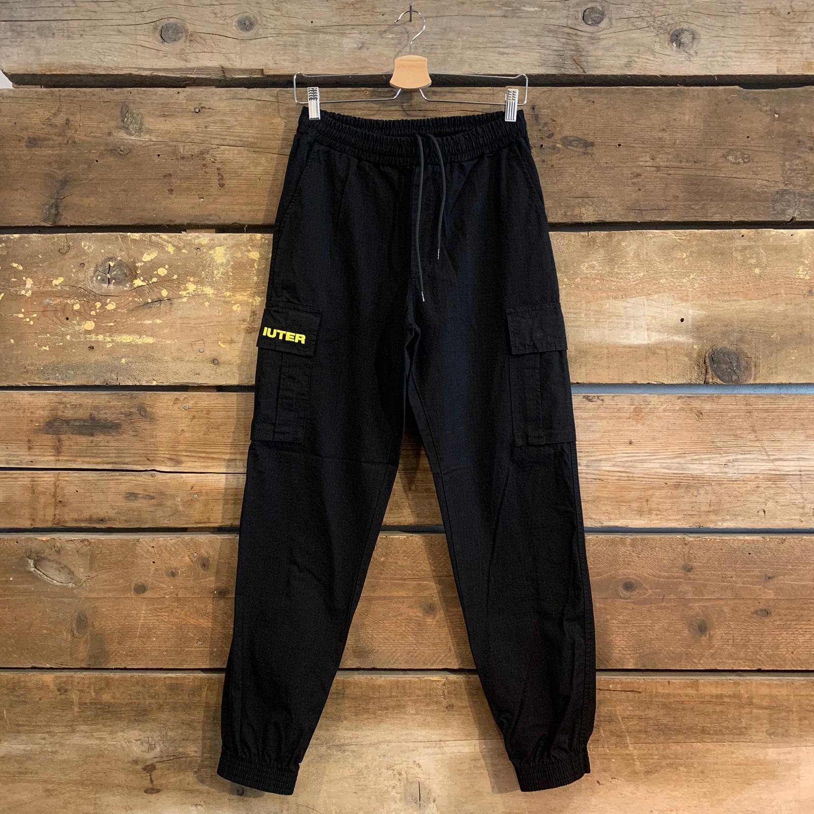 Pantalone Iuter Jogger Cargo Con Tasconi Nero