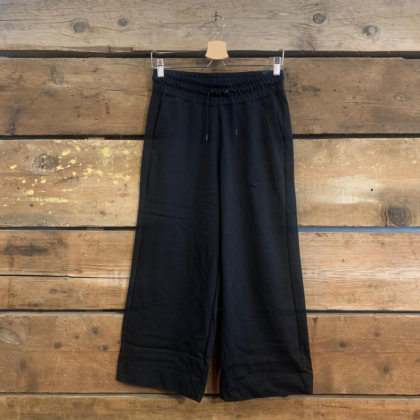 Pantalone Nike Sportswear in Jersey a Gamba Ampia Nero
