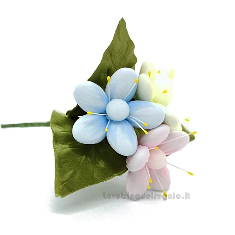 Bouquet di pratoline in tulle con 3 Fiori di confetti William Di Carlo Sulmona - Italy