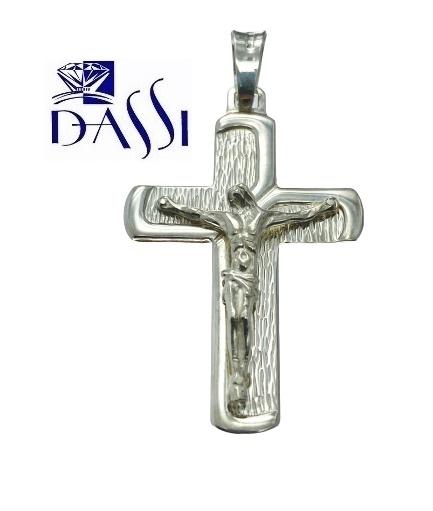 Ciondolo crocefisso in argento 925 con croce incisa e bordi lucidi.