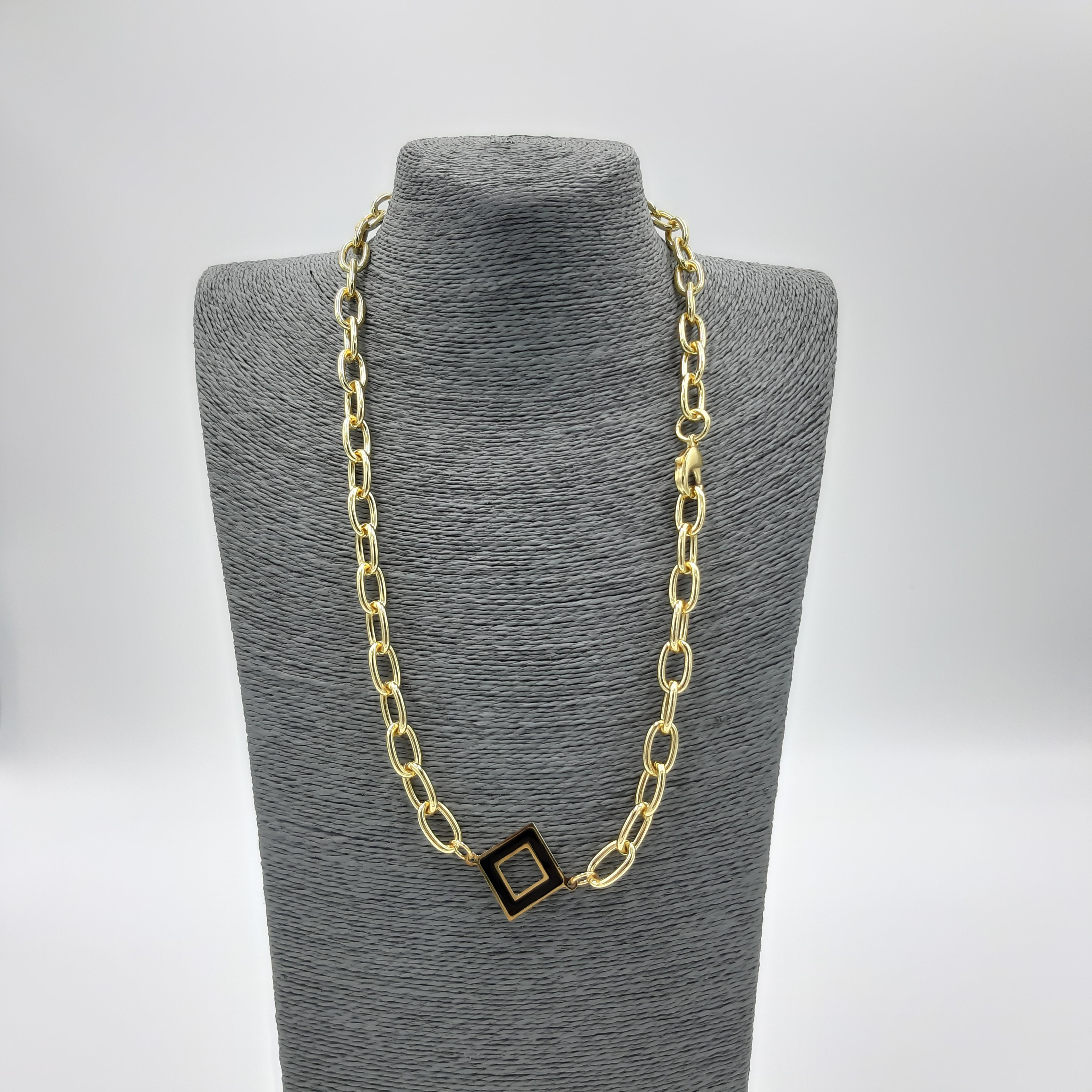 Collana oro con dettaglio nero Francesca Bianchi Design