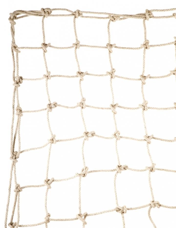 Hand-knotted climbing net