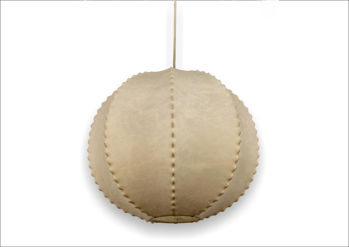 Lampadario vintage in cocoon a sfera
