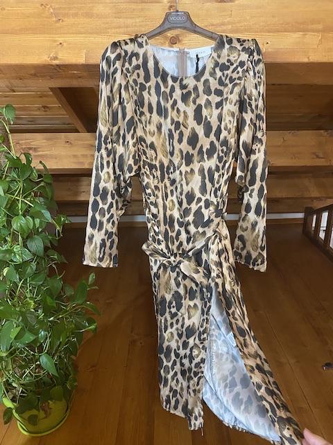 Vestito Vicolo con spacco laterale fantasia animali con cintura fiocco