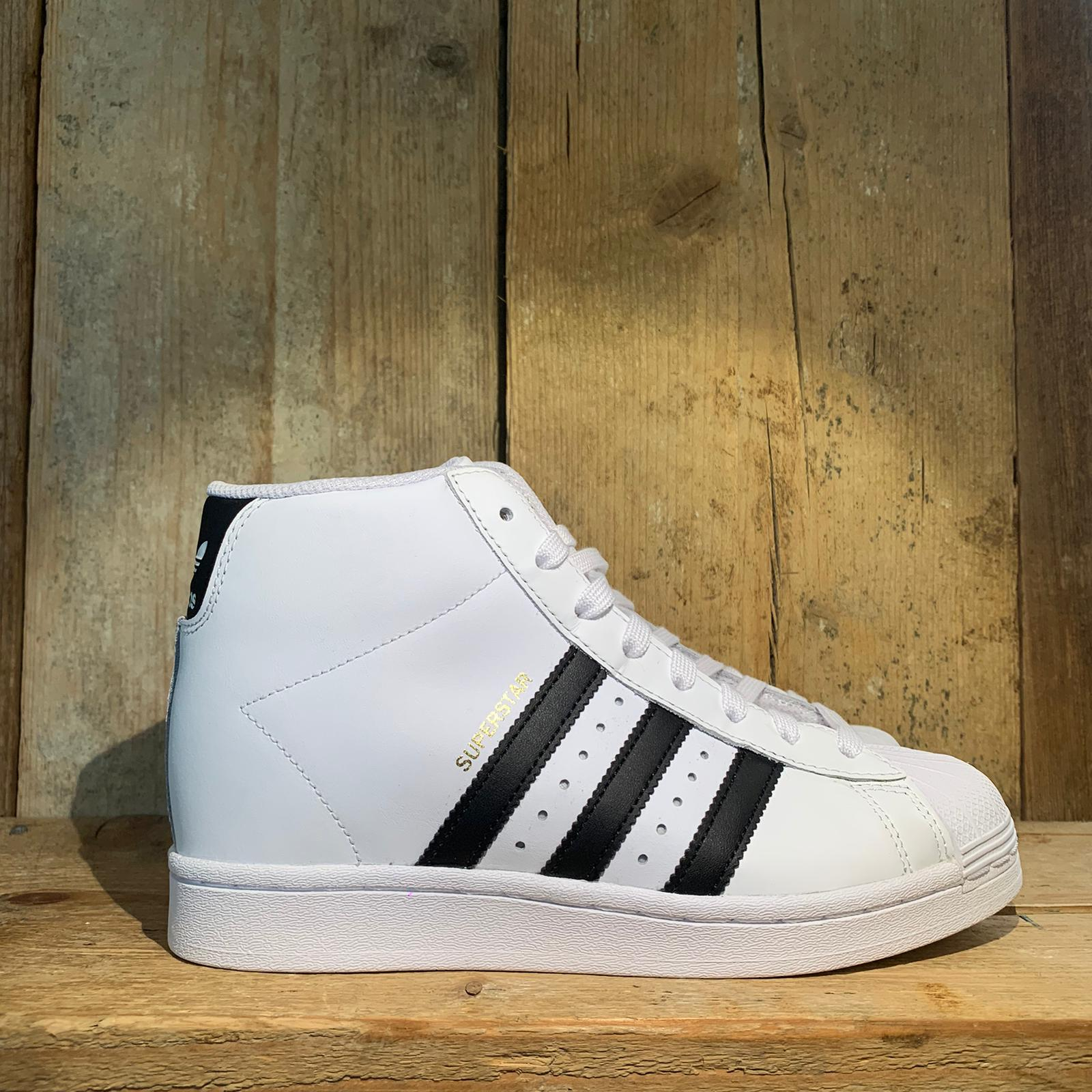 Scarpa Adidas Superstar Up Woman Bianca e Nera