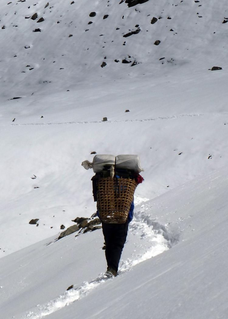Garmont - Sulle montagne dell'Himalaya a piedi nudi