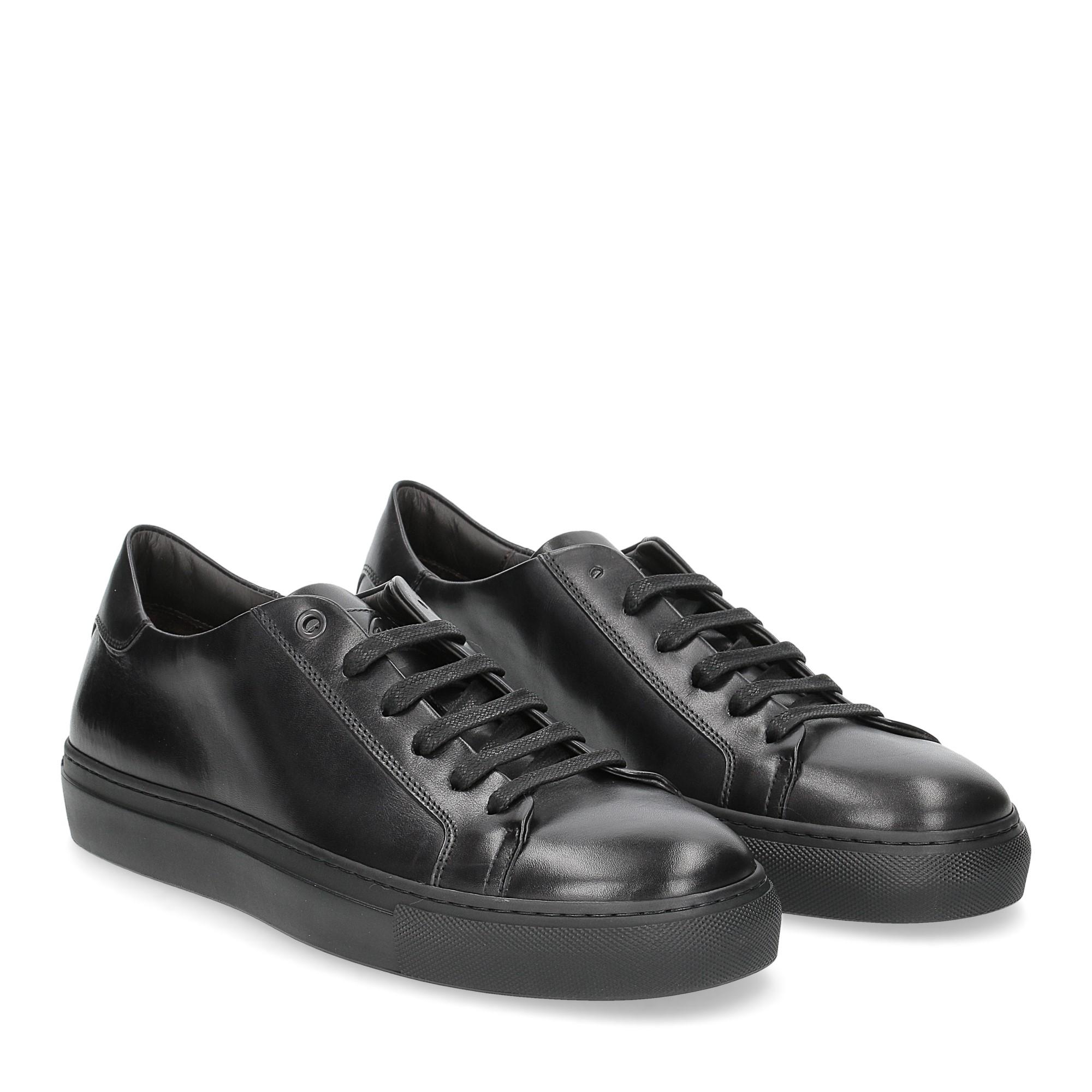 Corvari sneaker 1215 pelle nera