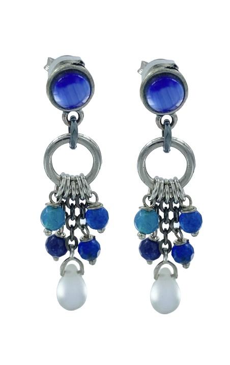 Orecchini pendenti con perno in ottone e piccole pietre dure sulle tonalità del blu
