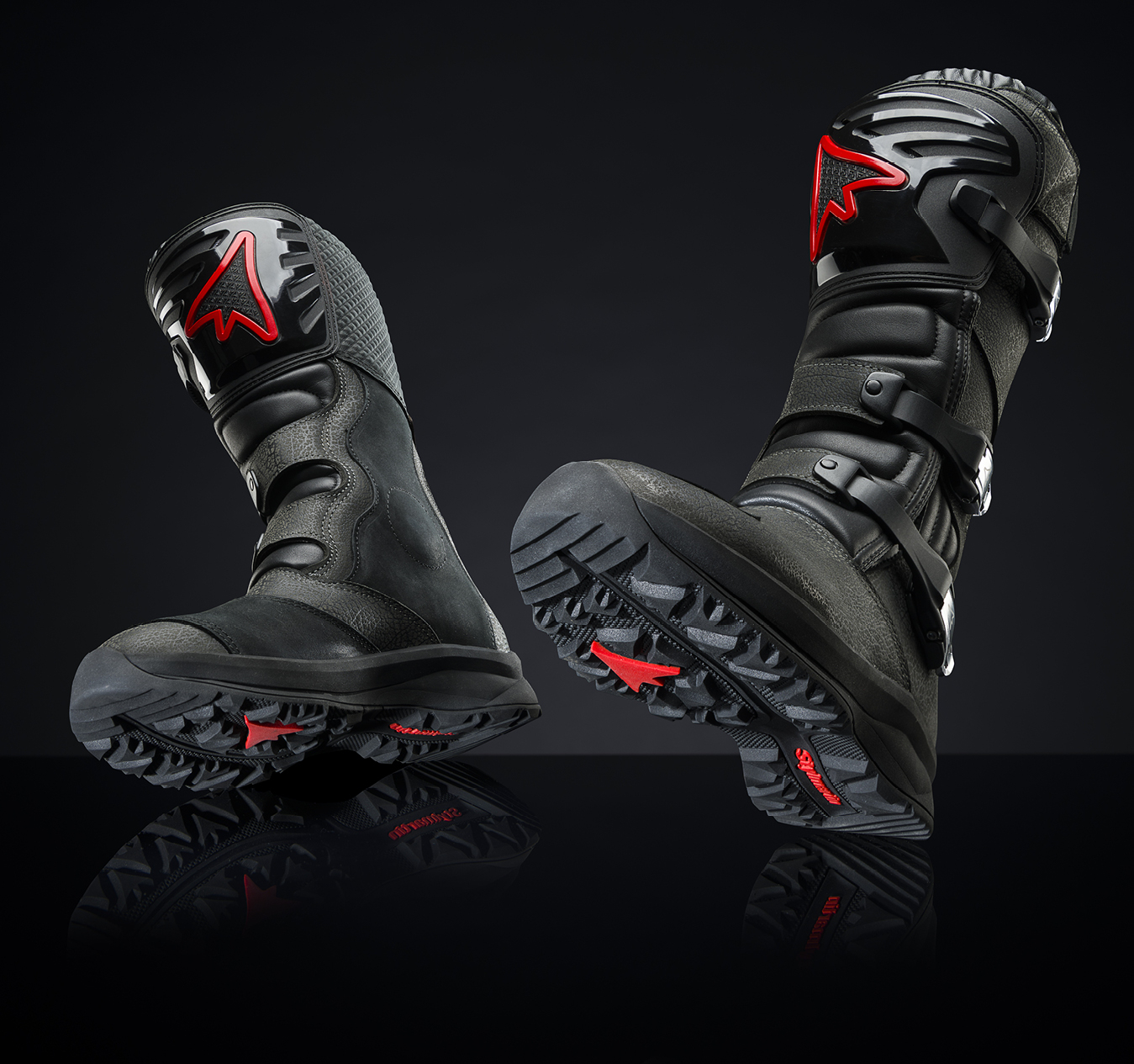 Stylmartin presents its new NAVAJO WP touring boots