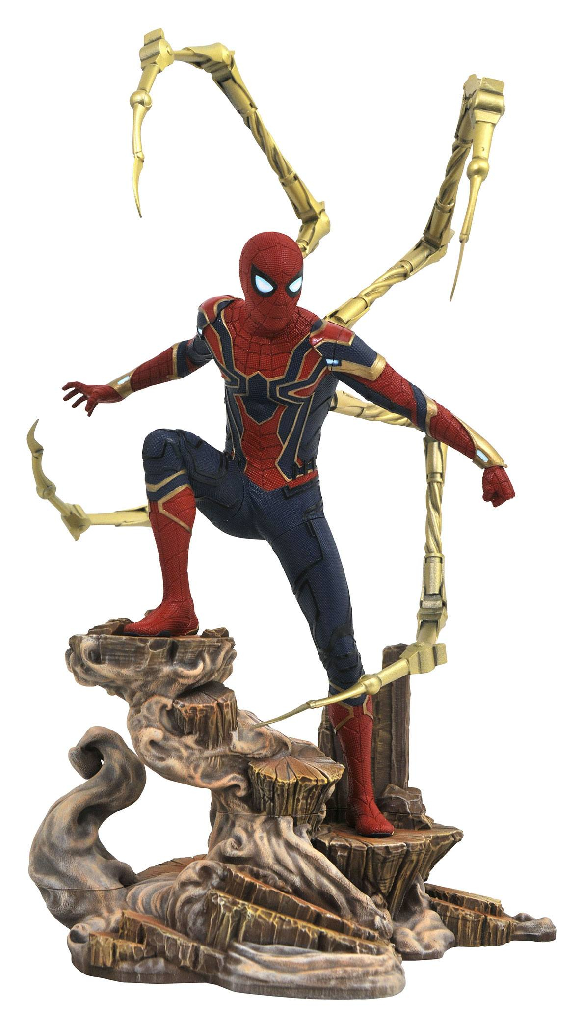 *PREORDER* Marvel Gallery Statue: IRON SPIDER-MAN by Diamond Select Toys