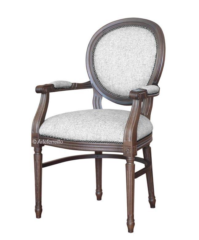 Chaise médaillon avec accoudoirs