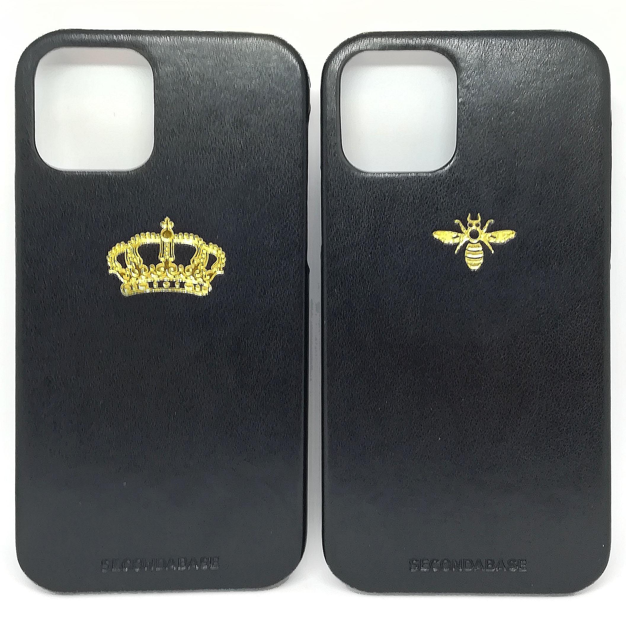 Cover in ecopelle nera marchiata oro a caldo per iPhone 11, 11 Pro e 11 Pro Max