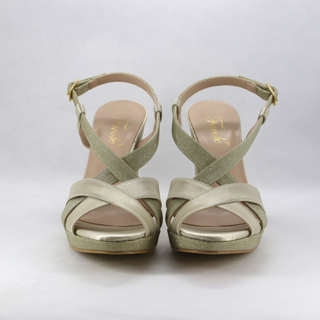 Sandalo cerimonia elegante oro con tacco largo.
