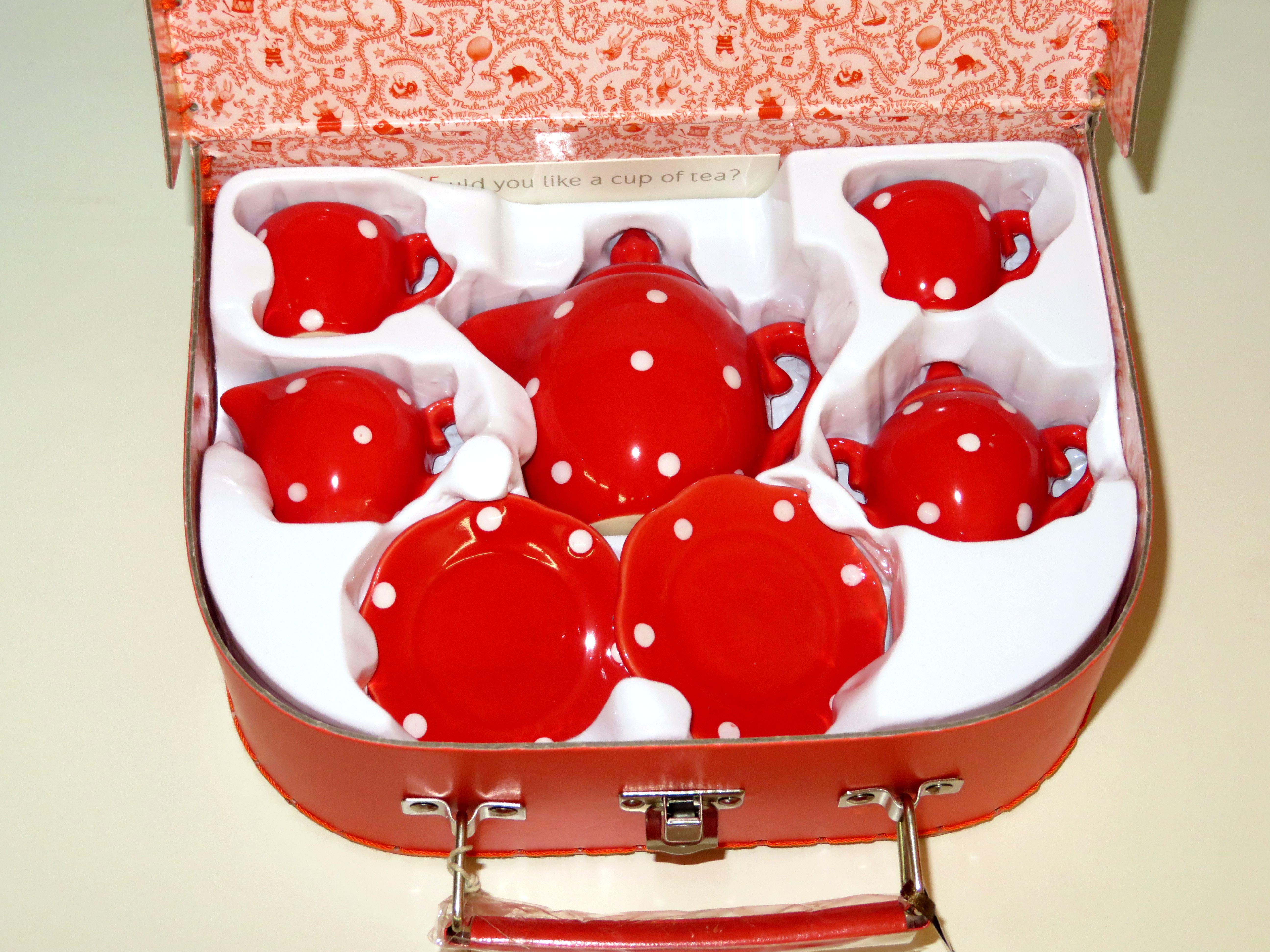 Servizio te in ceramica in valigetta