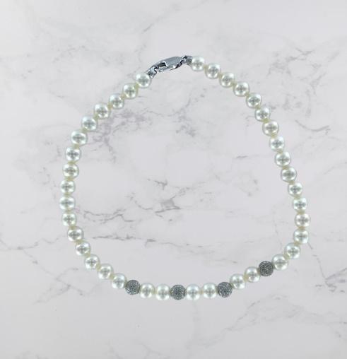 Bracciale Yukiko in oro bianco 18kt e perle bianche