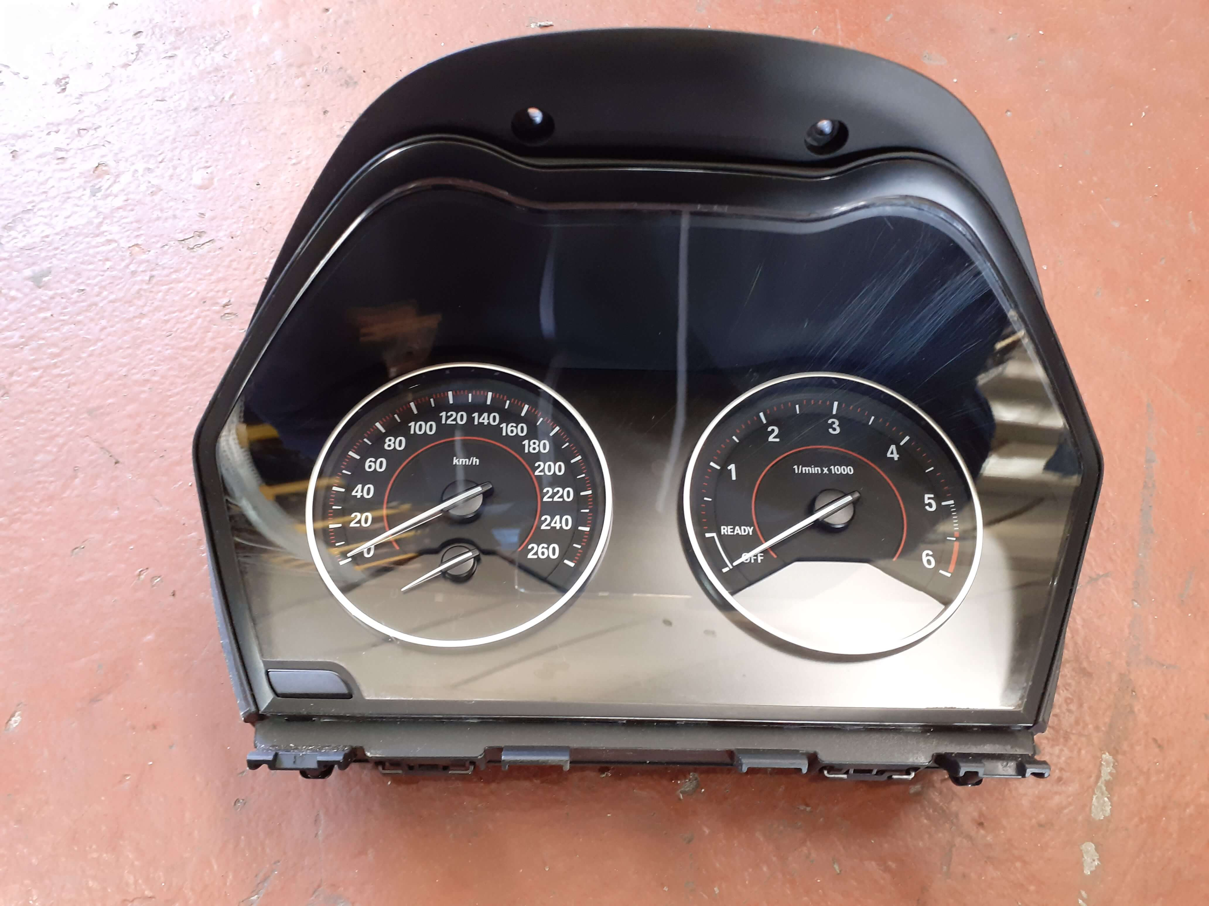 Quadro strumenti usato BMW Serie 2 220D cod. 9232892