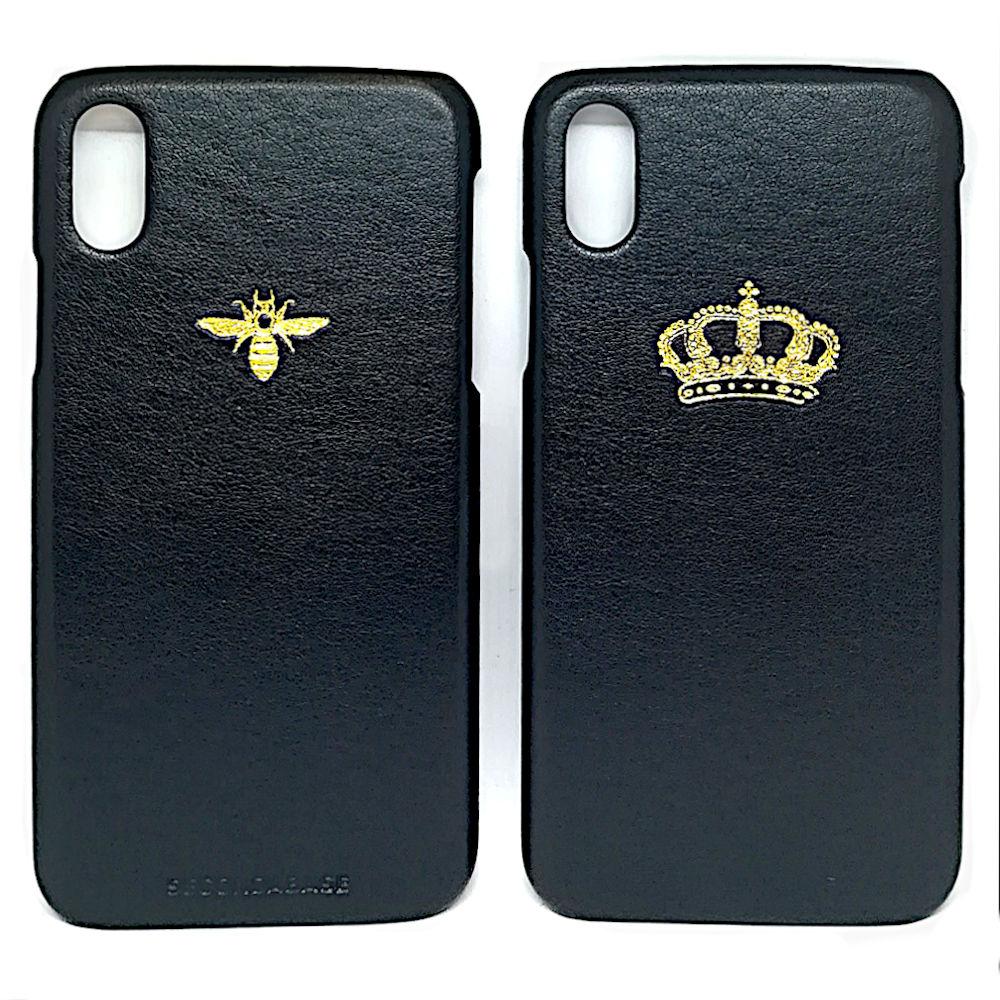 Cover in ecopelle nera marchiata oro a caldo per iPhone X Xs Xr XMax XsMax