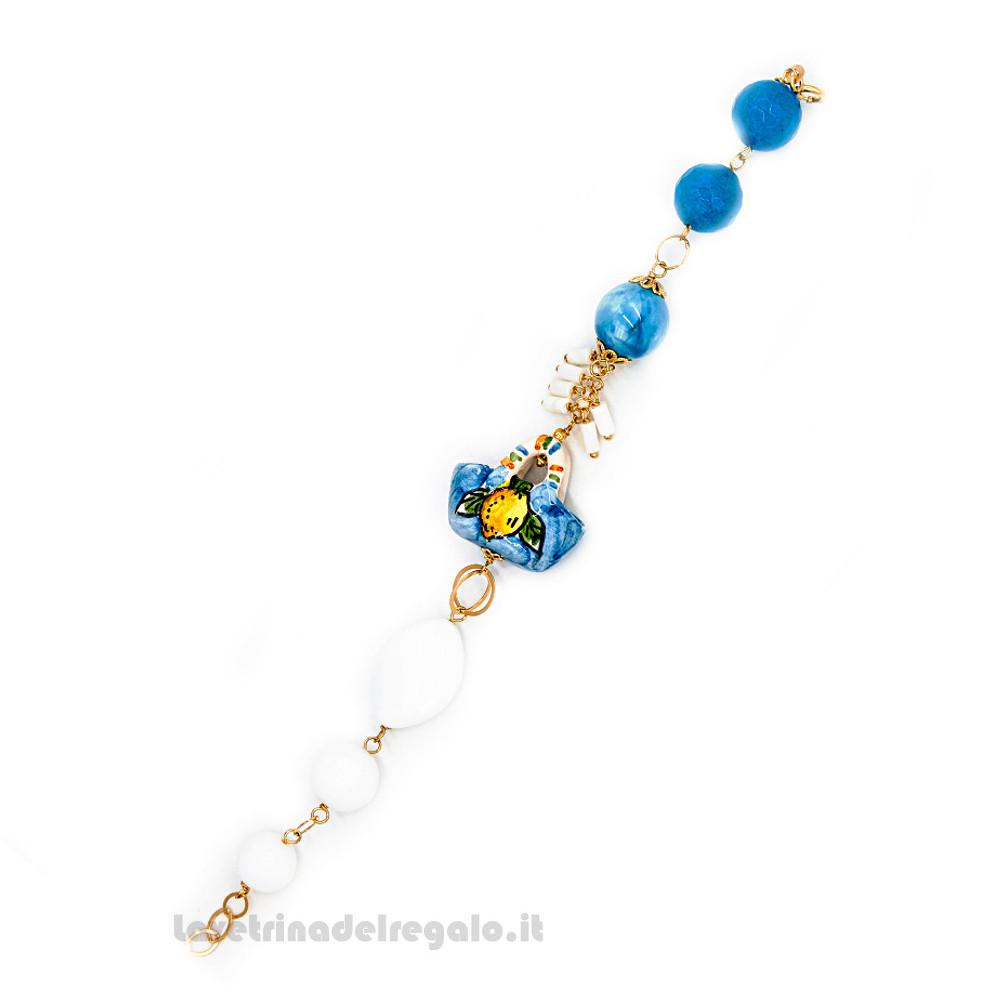 Bracciale con agata azzurra e bianca con coffa in ceramica di Caltagirone - Gioielli Siciliani