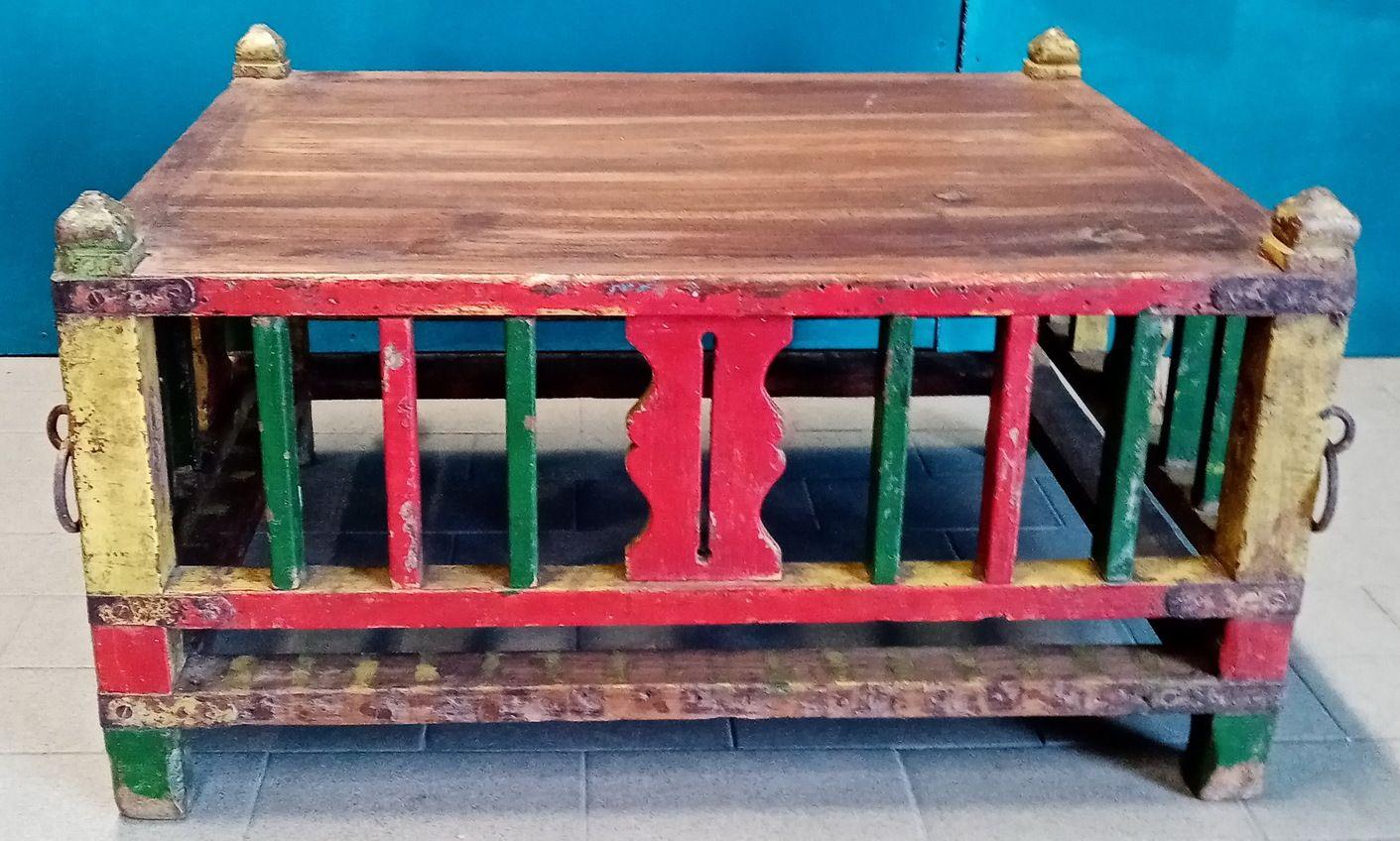 Tavolino culla Rajasthan in legno recuperato