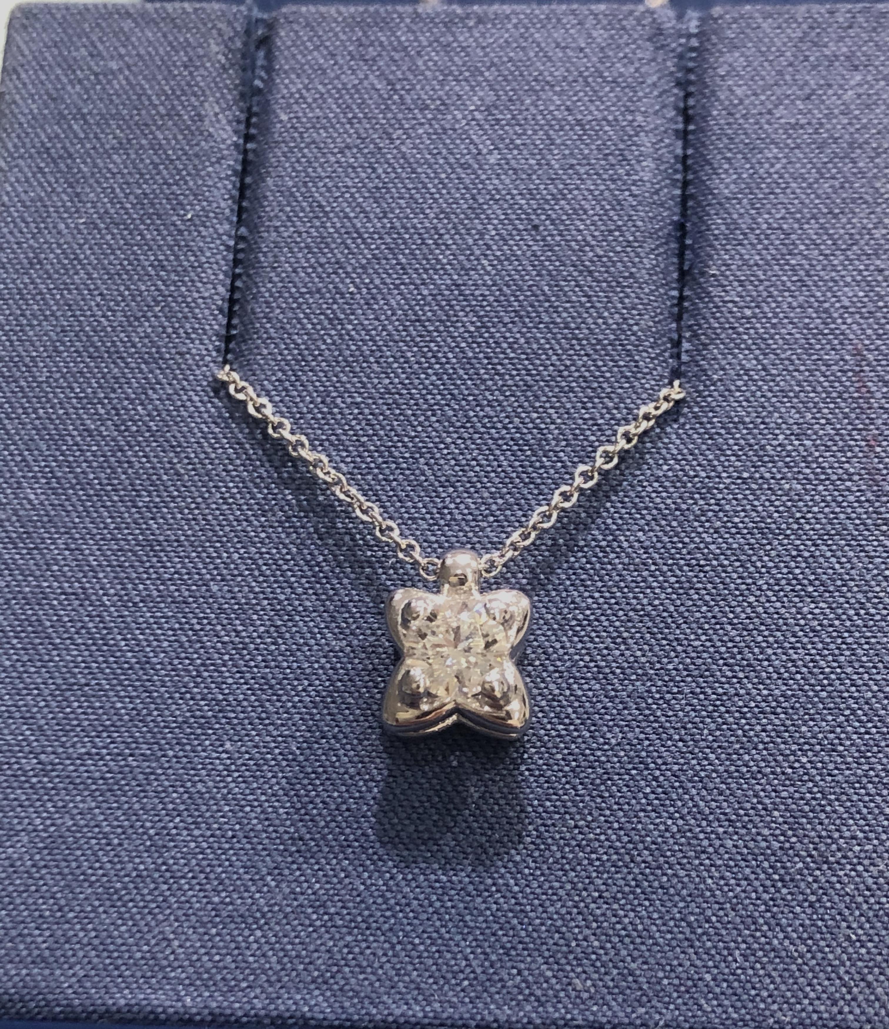 Collana A Fiore Re Carlo con Diamante