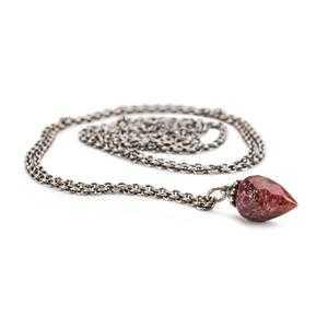 Collana Fantasia Con Rubino 90 Cm
