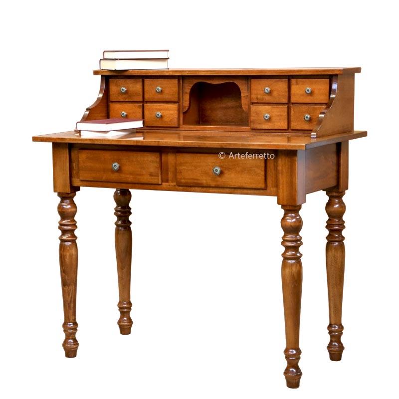Schreibtisch mit Aufsatz und Schubladen