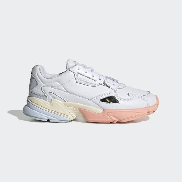 Sneakers adidas falcon