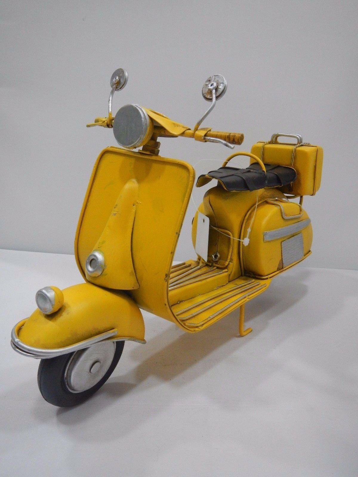 Cuorematto Cuoreveloce Vespa, vespa vintage, sidecar E3140 D5218 D5217