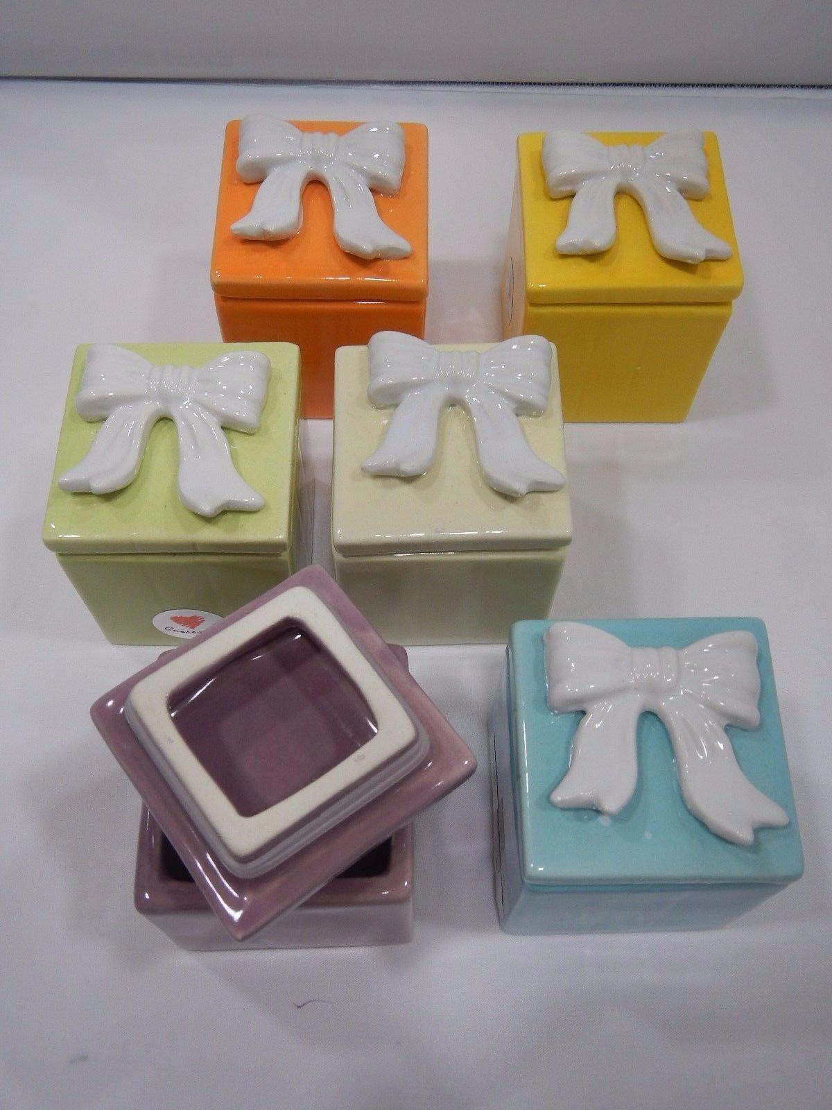 Bomboniere portaconfetti fiocco in ceramica corolati d4855 d4856