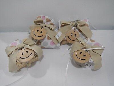 Kit 4 pezzi bomboniere Cuorematto Smile in legno cod D5389 D5388 D5386 D5387