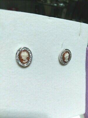 Orecchini in argento 925 con cameo inciso a mano tondo e zirconi bianchi 12/20
