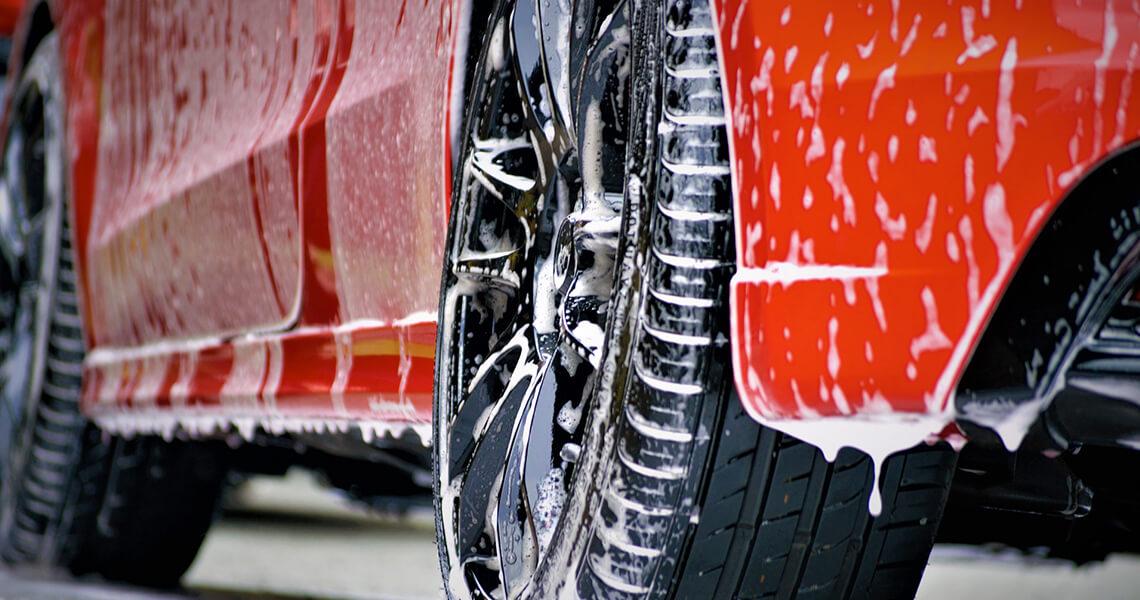 Quali prodotti usare per la pulizia dell'auto