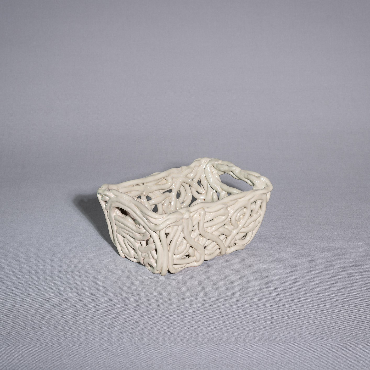 Porta oggetti in maiolica fatto a mano