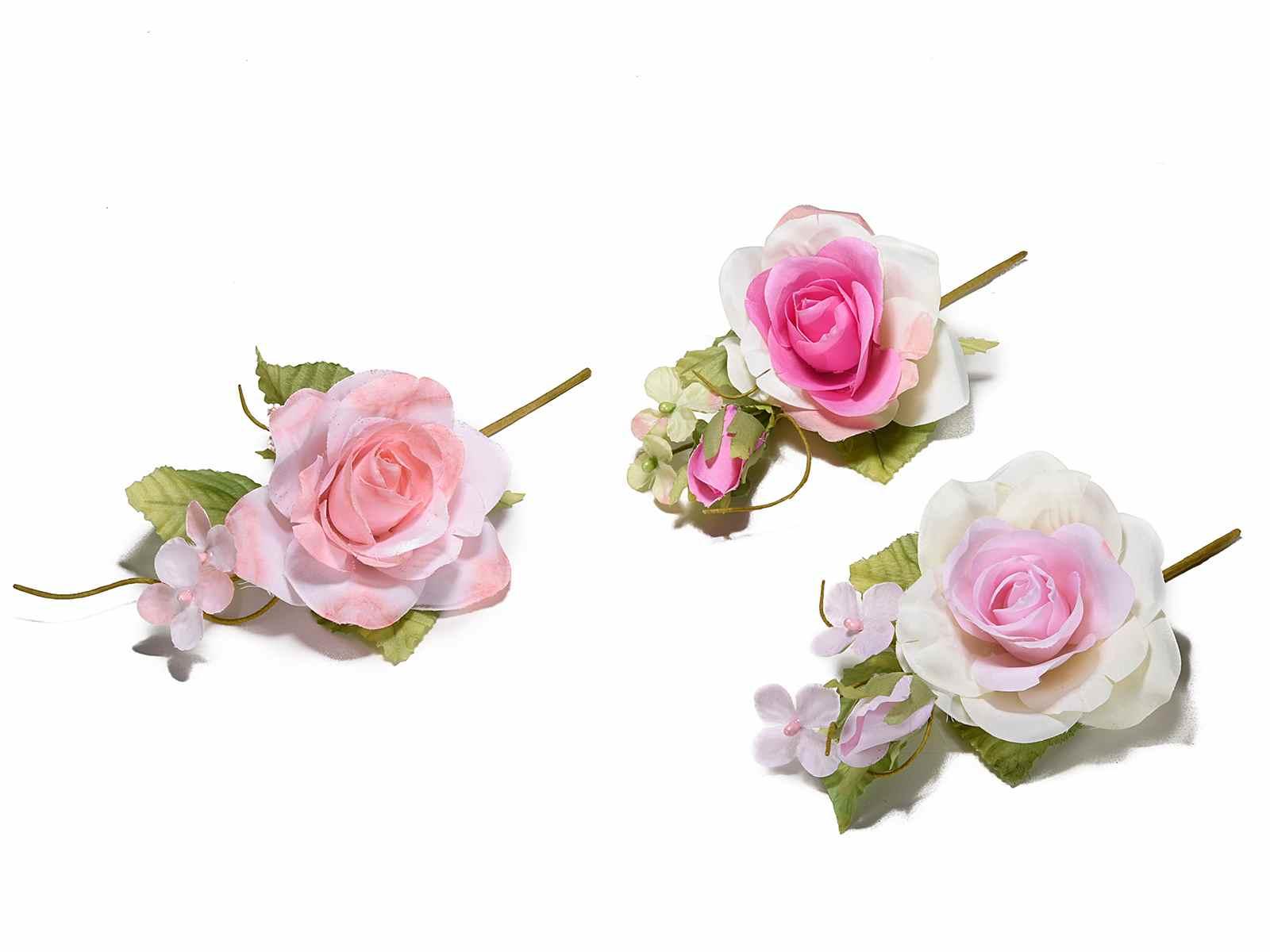 Mazzolino con rosa e fiorellini in stoffa