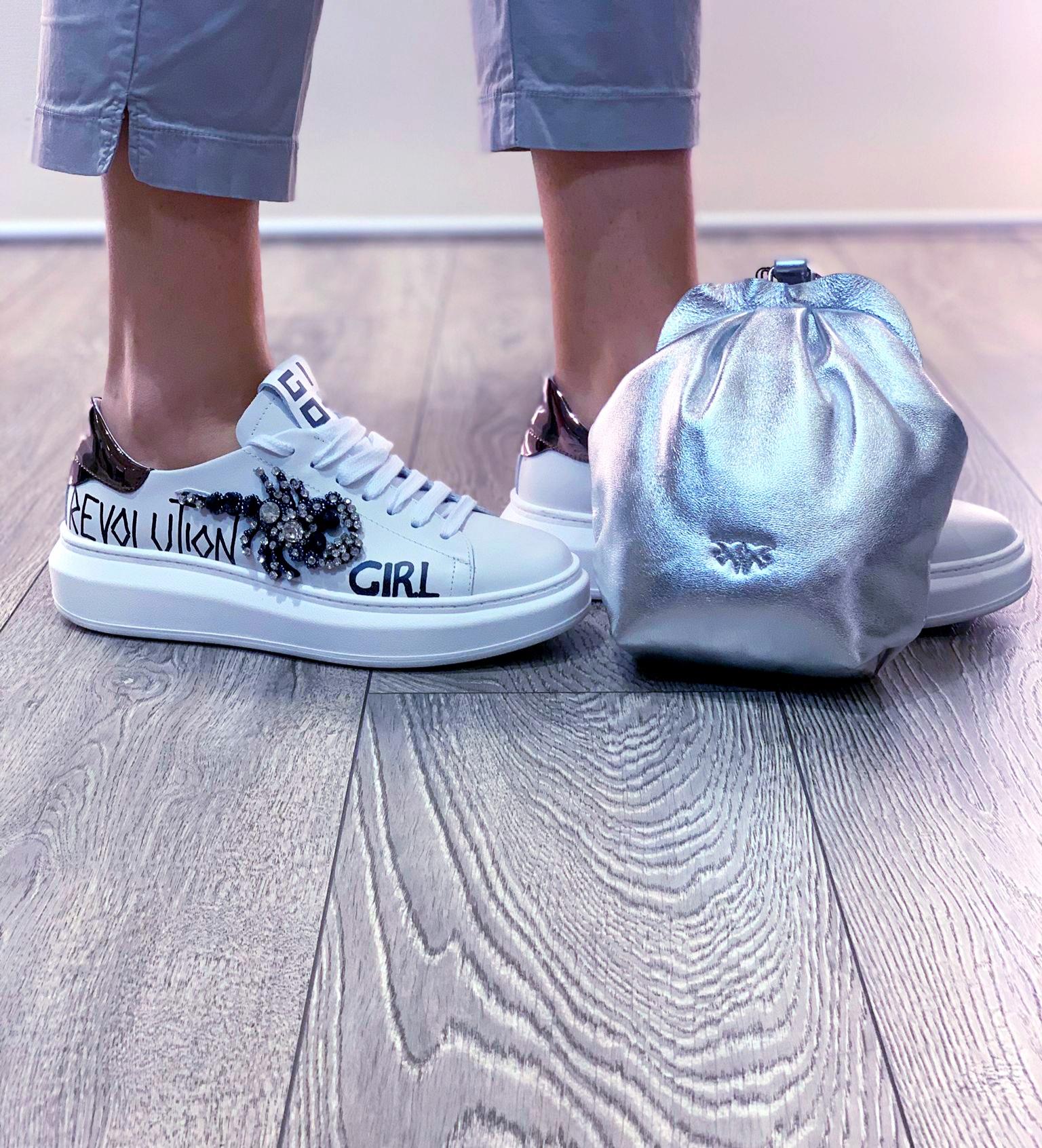Sneakers bianca scorpione GIO+.