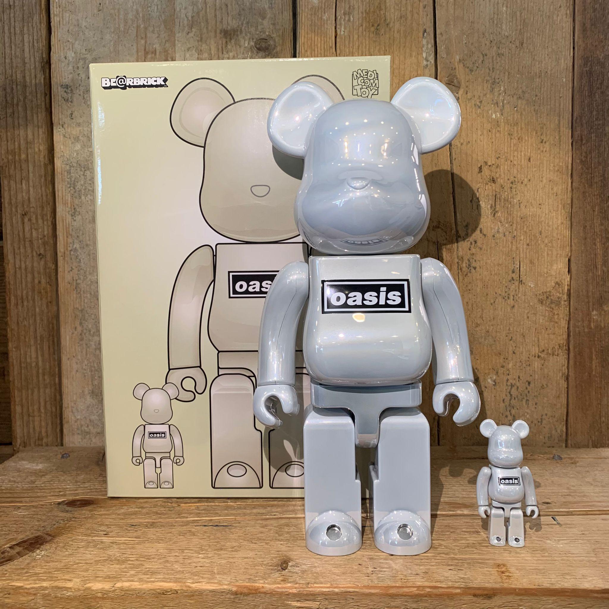 Be@rbrick Medicom Toy Oasis 100% & 400% White Chrome
