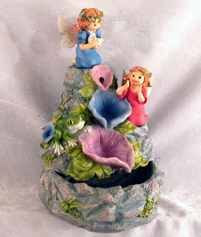 Fontana Fatine bambine in resina con fiori