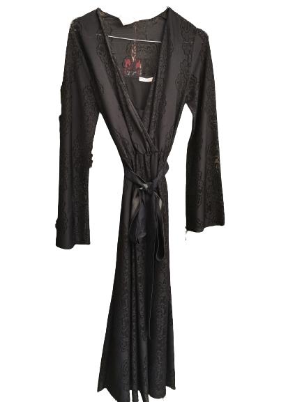 Abito donna |nero in pizzo stretch |scollo a V |cintura in vita |Made in Italy