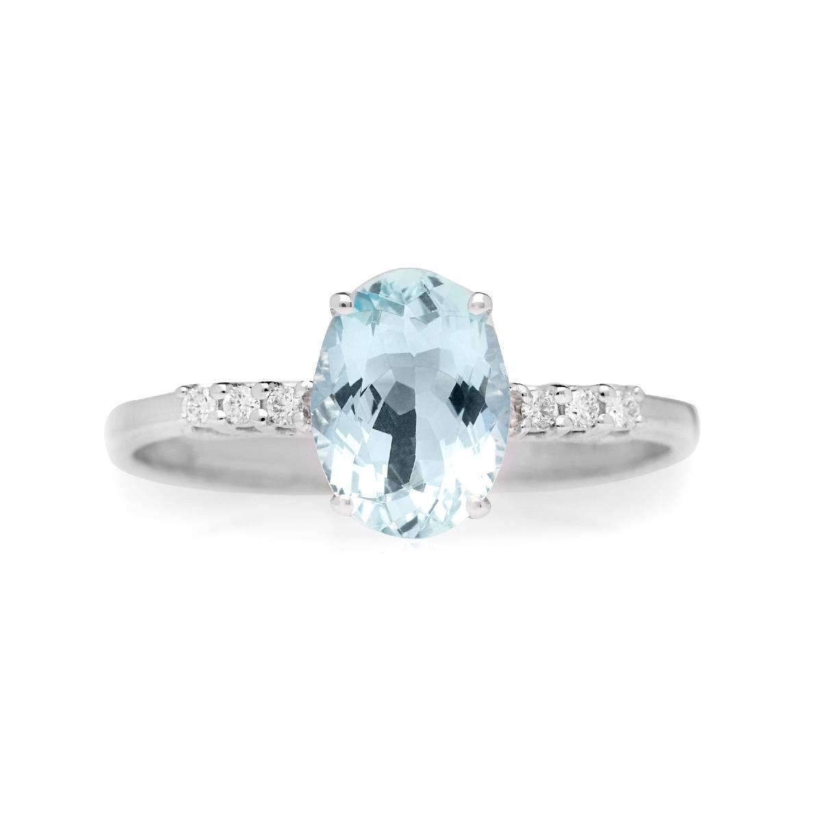 Anello in oro bianco con diamanti taglio brillante e acquamarina