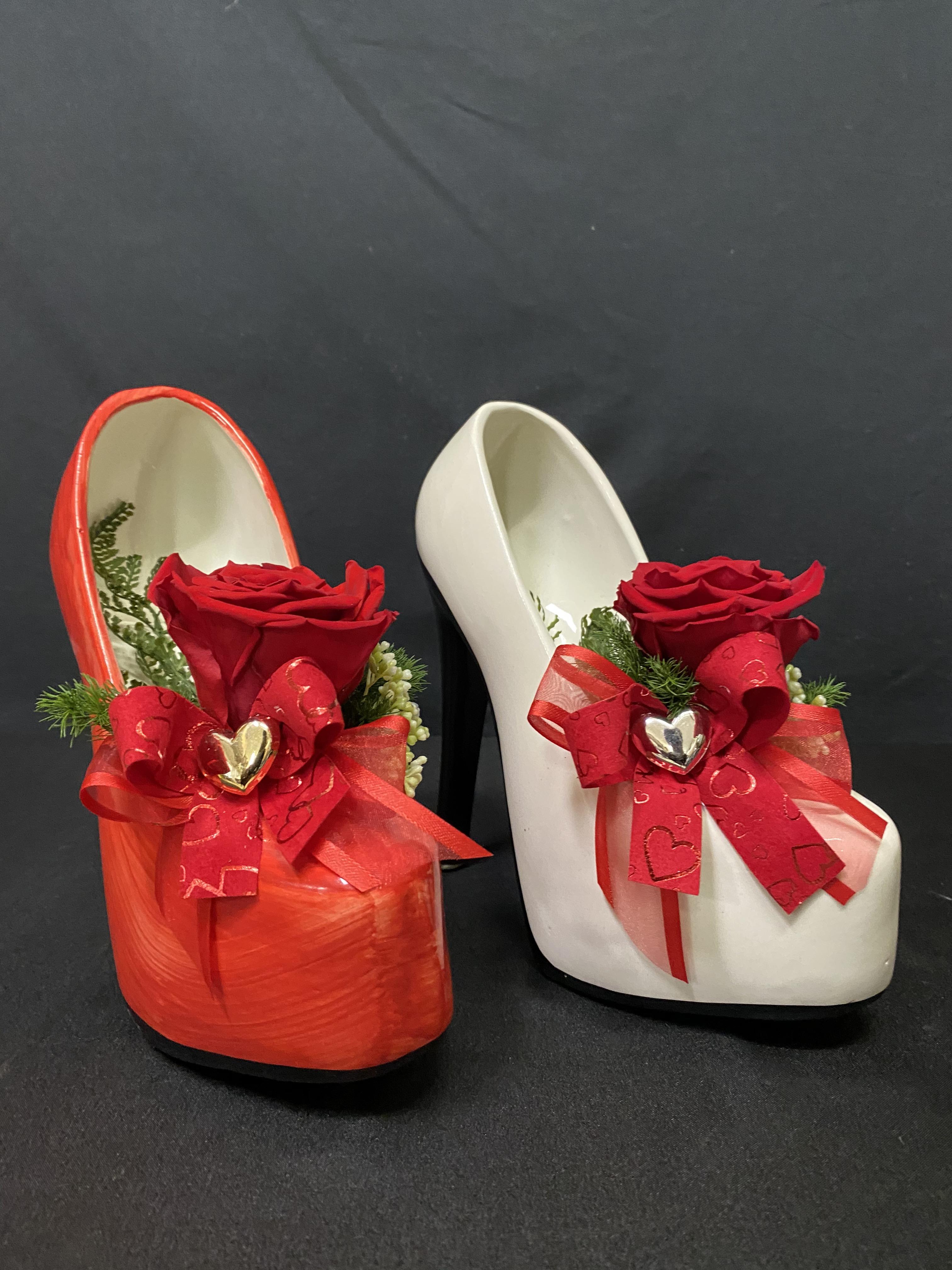 Rosa stabilizzata in scarpetta di ceramica