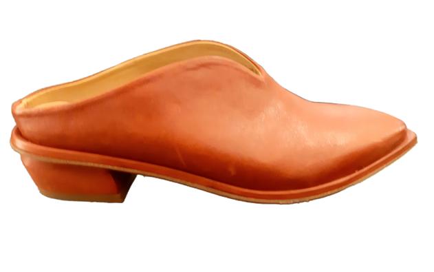 Sabot donna | in pelle color bruciato | fondo in cuoio | lavorazione artigianale |tacco 3 cm | Made in Italy