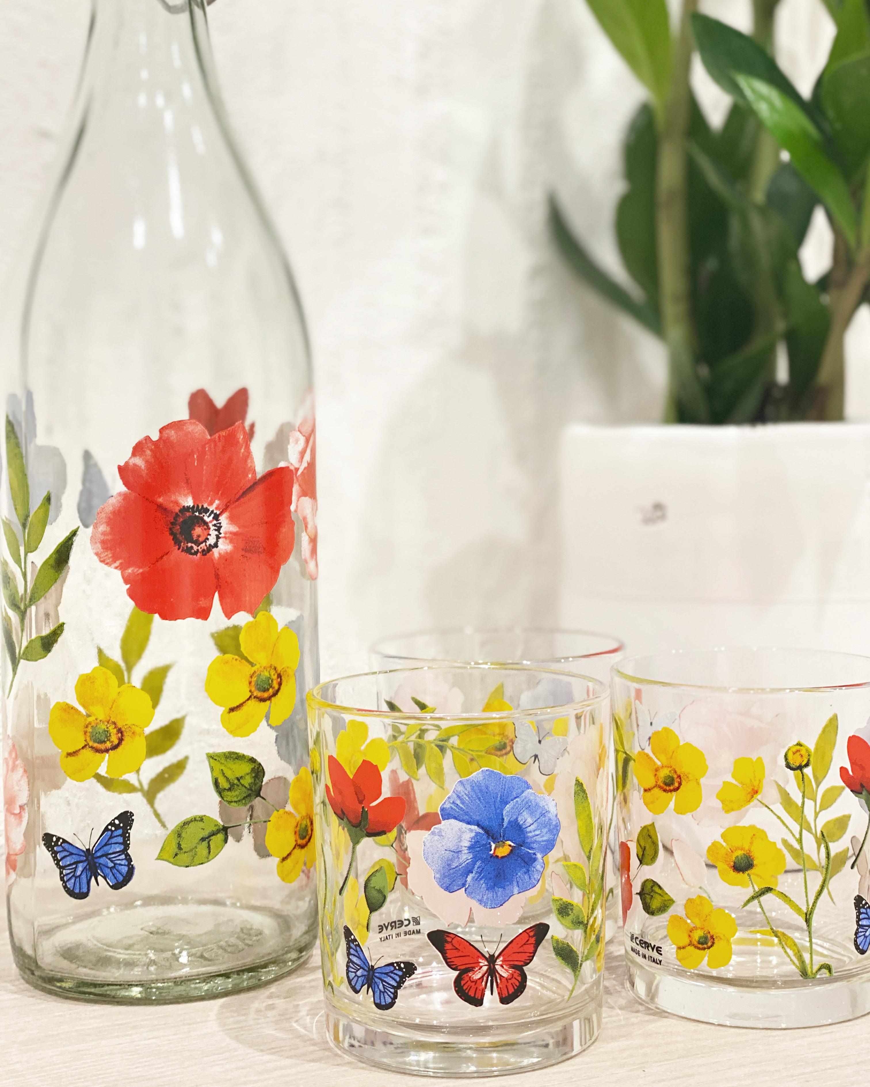 Set bicchieri e bottiglia