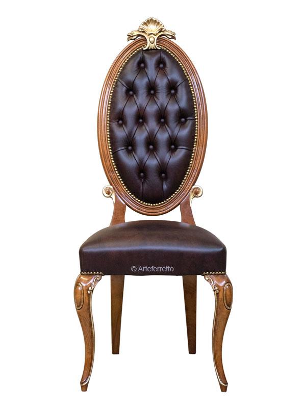 Chaise élégante dossier ovale