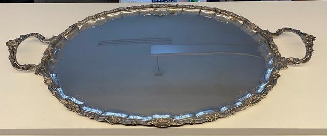 Vassoio ovale in argento 800  56 x 41.5 cm