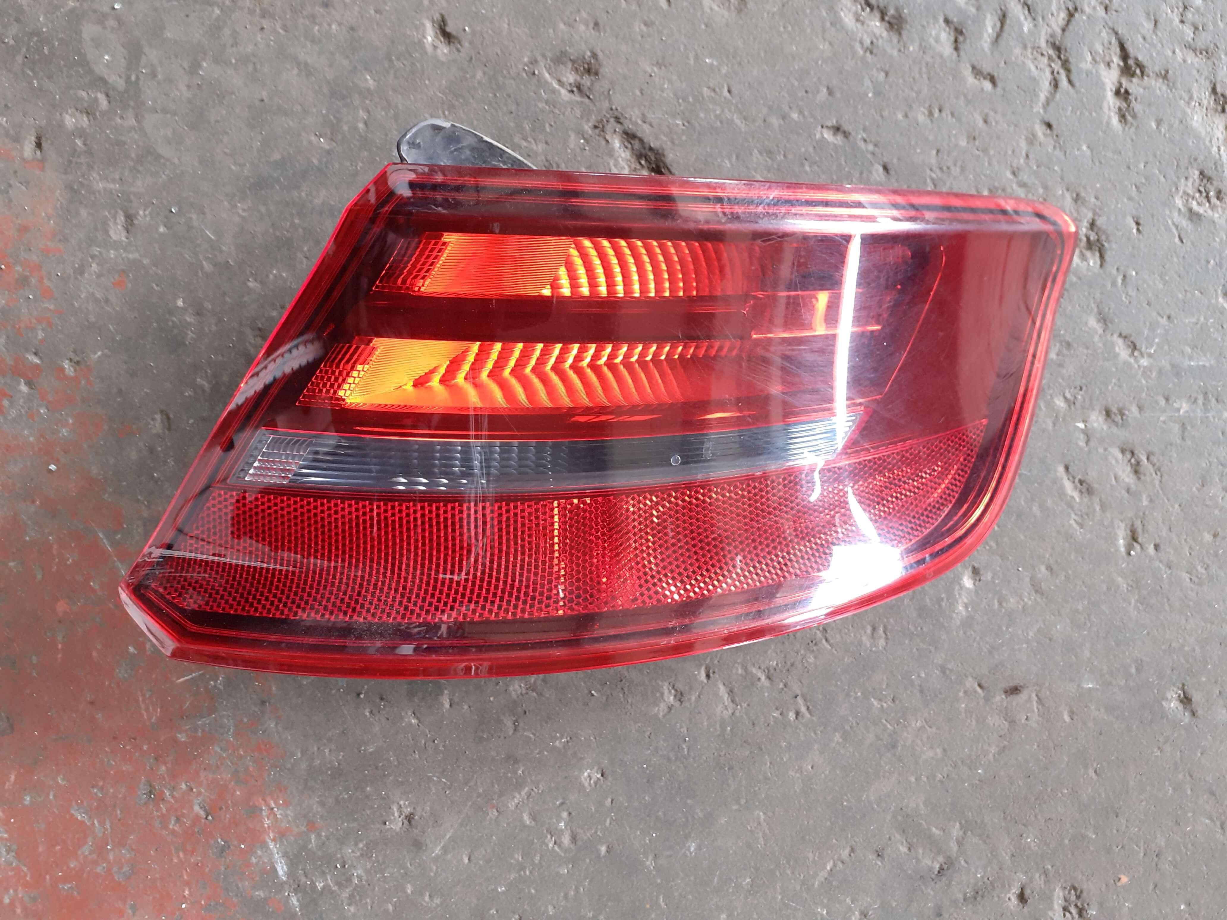 Fanale Int. dx usato Audi A3 cod. 8V4945094