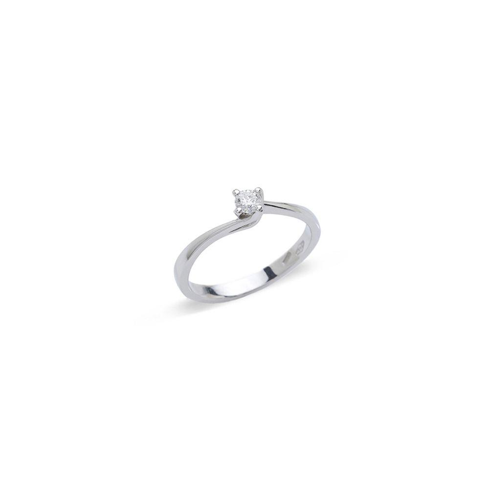Anello Solitario con diamante ct. 0,07
