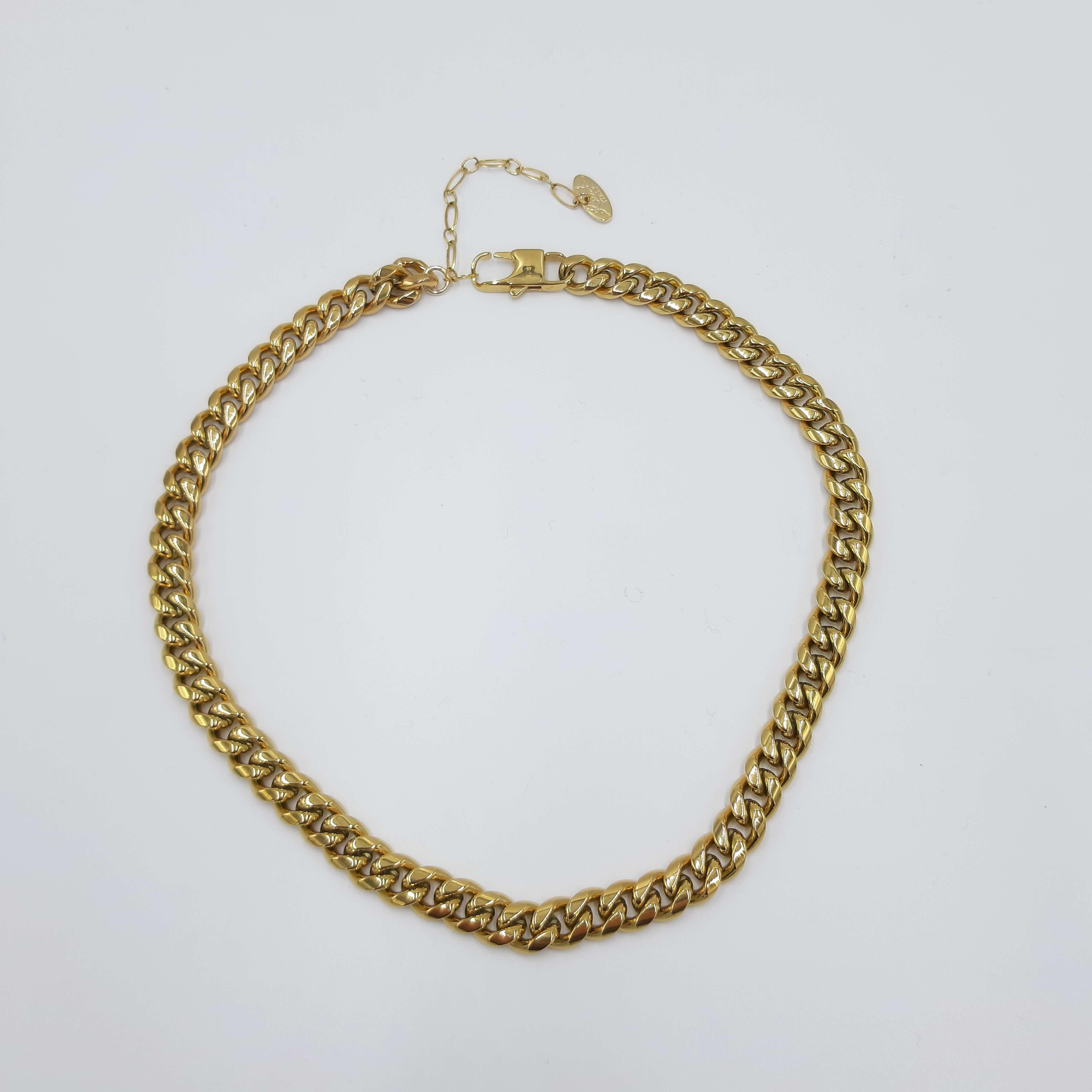 Collana oro a grumetta composta da acciaio Rush