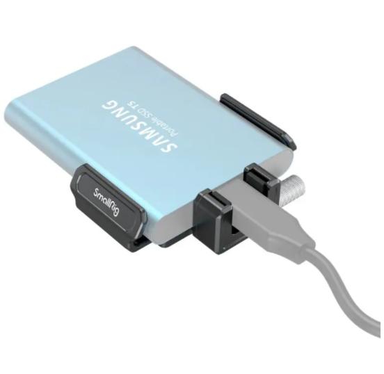 Supporto SSD T5/T7 per BMPCC 6K PRO 3272
