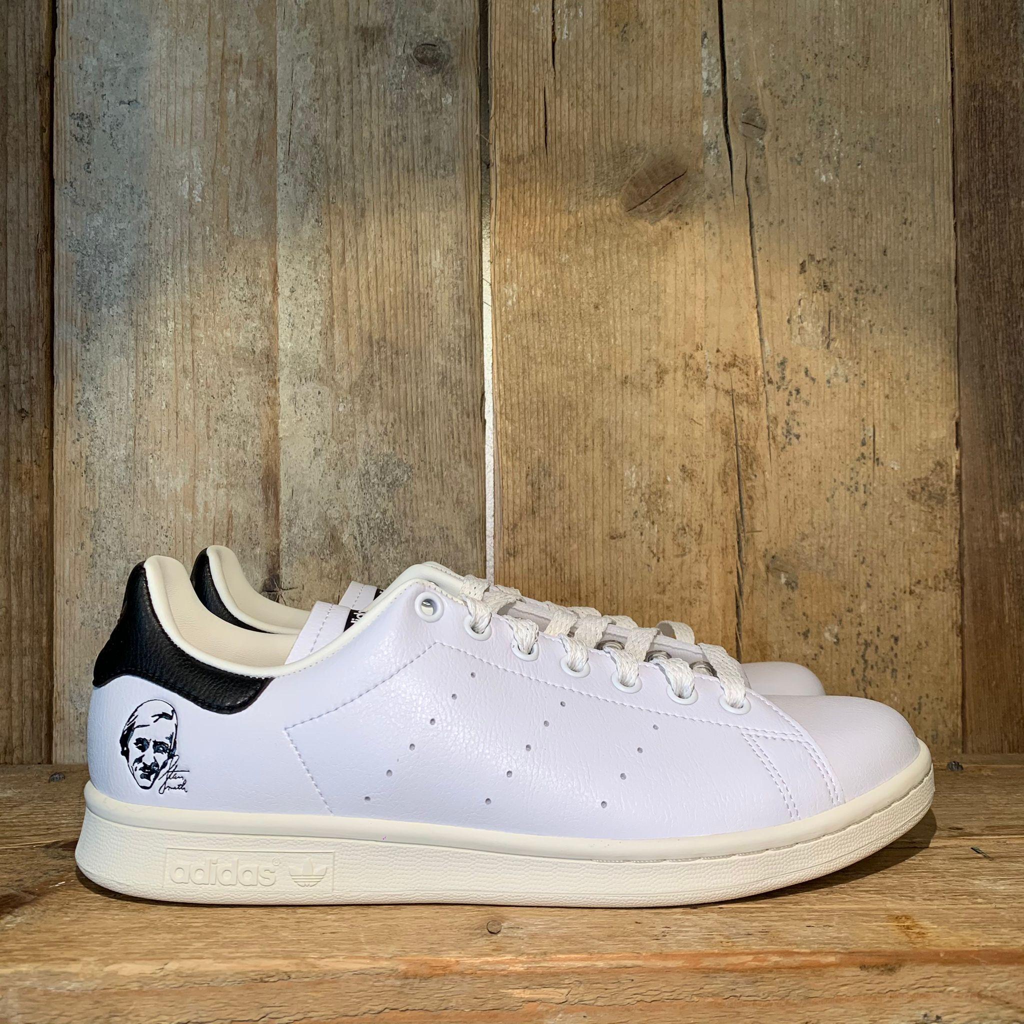 Scarpa Adidas Stan Smith Primegreen Bianca Con Stemma E Retro Nero