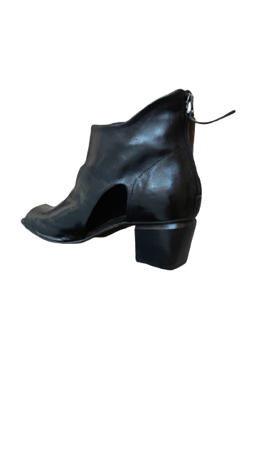 Stivaletto donna pelle nera apertura anteriore tacco 5cm Made in Italy